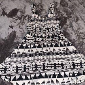 NWOT New York & Company Dress - Size M